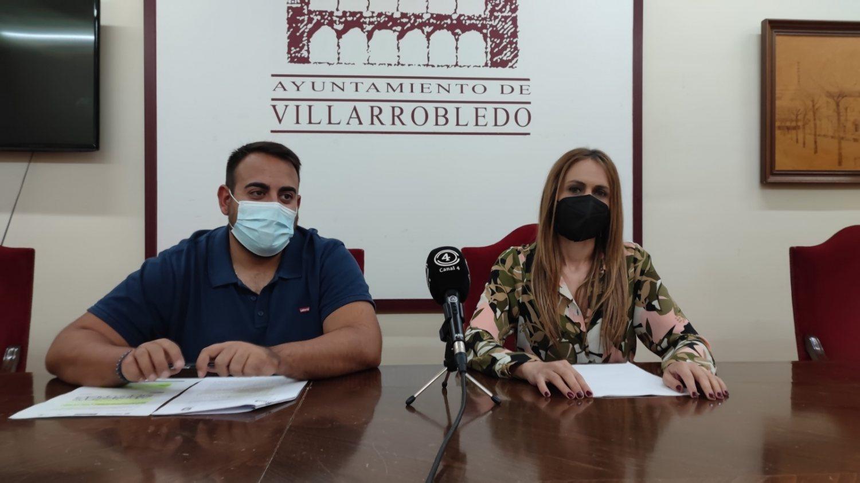 Juan José Calero, concejal de políticas de igualdad y Ana Hernán, concejal de personal