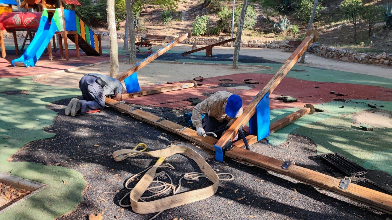 Reparación parques infantiles 1