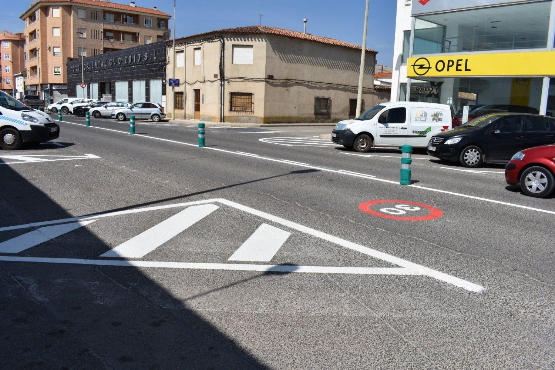 cambio estacionamiento avenida Reyes Católicos 2