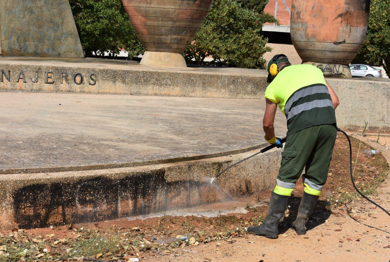limpieza parque tinajeros