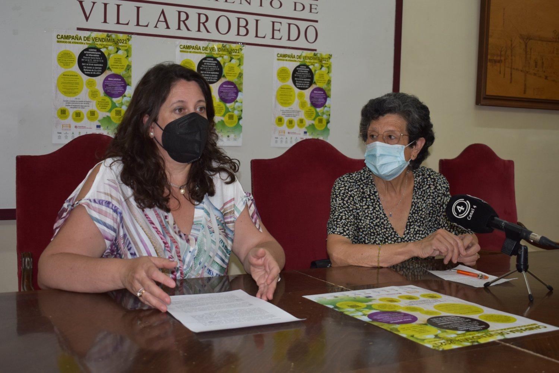 Campaña vendimia 2021, Cristina García, concejal de bienestar social y Paquita Moreno pta. Cáritas